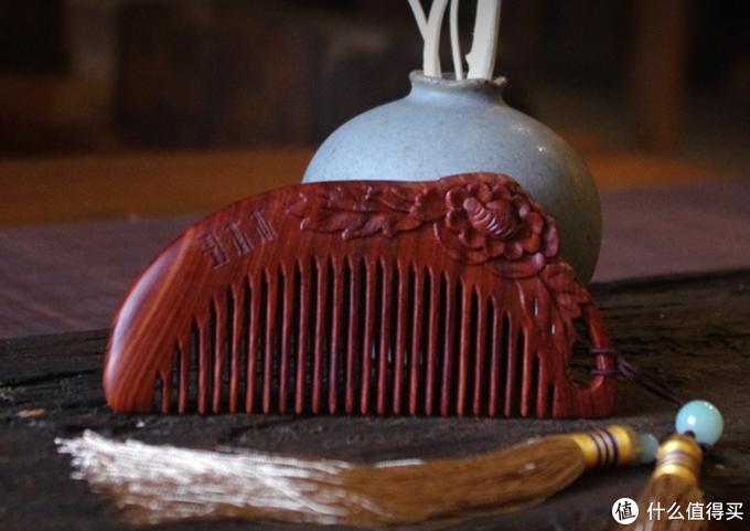 才100把雕刻的梳子整整3年都还有库存